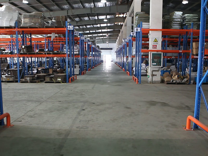 Three-dimensional warehouse